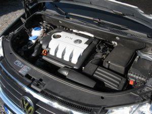 VW Touran kondicionieriaus pildymas, tikrinimas remontas.